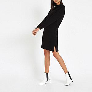 Schwarzes, hochgeschlossenes Pulloverkleid