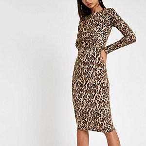 Robe mi-longue imprimé léopard marron à torsade sur le devant