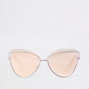 Pink mirrored lens cat eye sunglasses