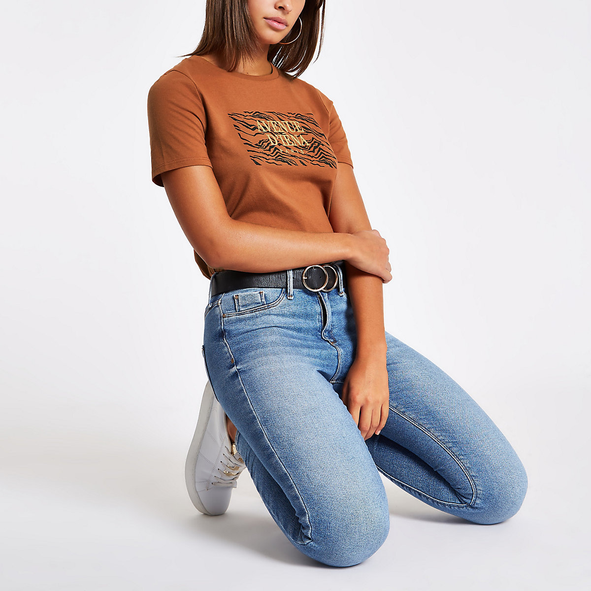 Brown 'Avenue d'iena' print crew neck T-shirt