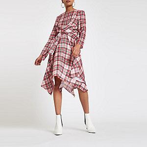 Roze geruite midi-jurk met strikceintuur