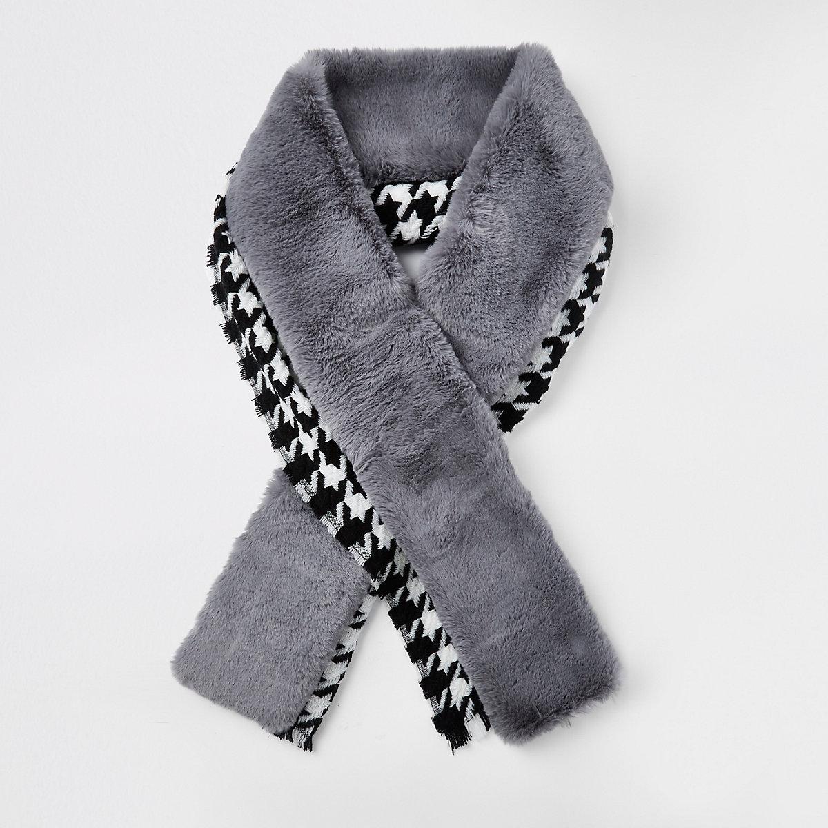 Blue houndstooth faux fur trim scarf