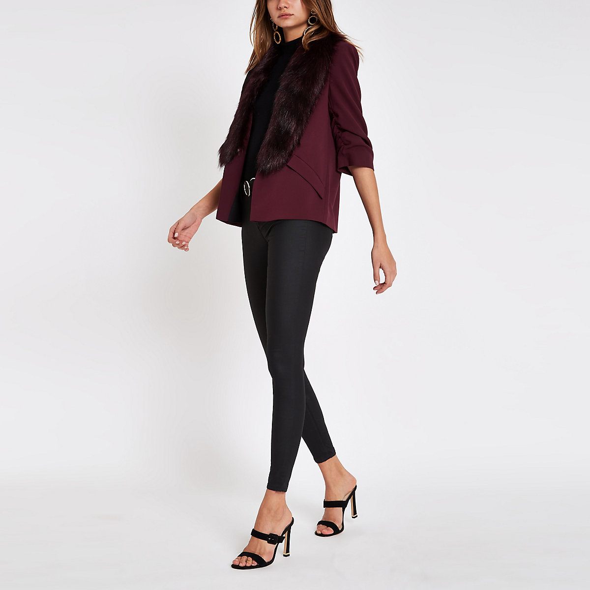 Burgundy faux fur trim ruched sleeve blazer