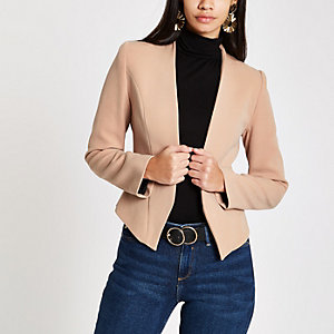 Beige shoulder pad long sleeve blazer