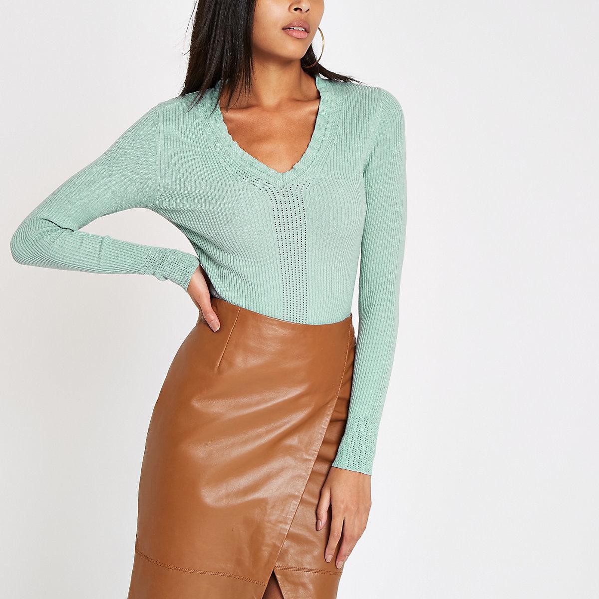 Light green ribbed knit V neck frill top