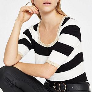 Wit gestreept cropped T-shirt met vierkante hals