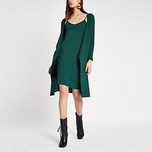 Robe portefeuille vert foncé nouée à la taille