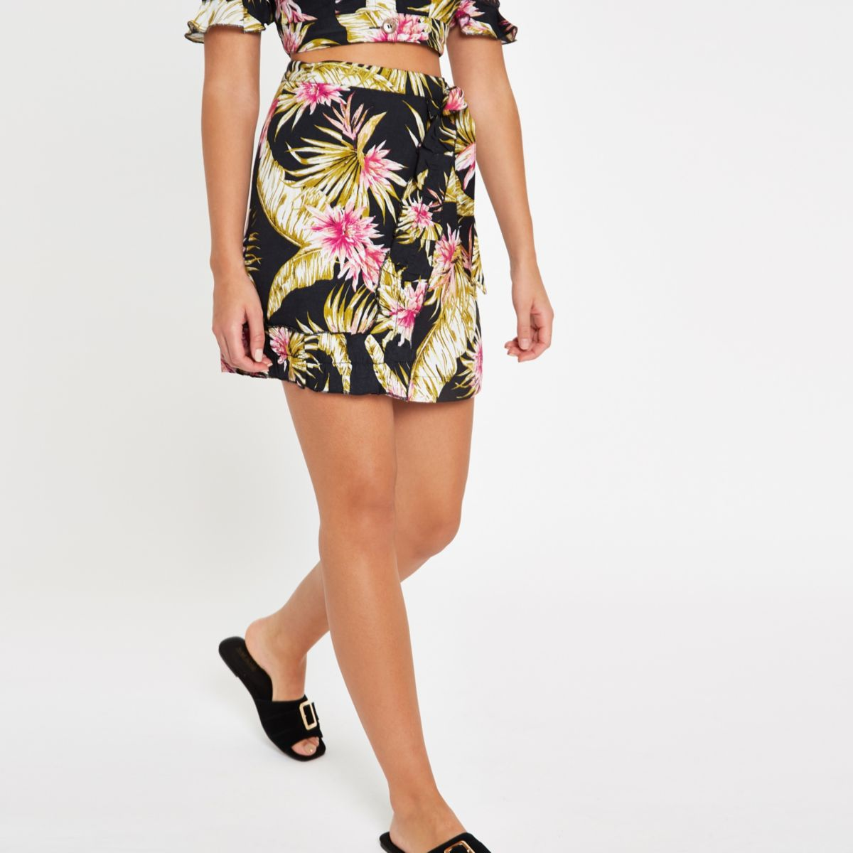 Black palm print frill tie beach skirt