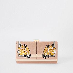 Pinke, geblümte Geldbörse mit Clipverschluss