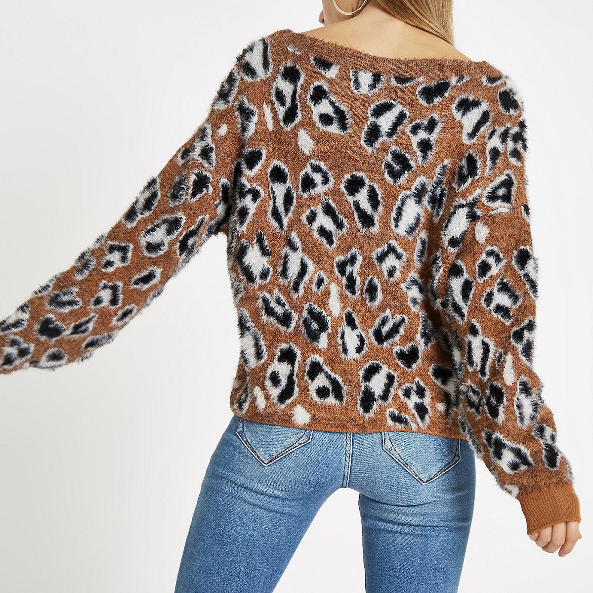 02ca9e2cf4c5 Brauner Pullover mit Leopardenprint - Pullover - Strickwaren - Damen