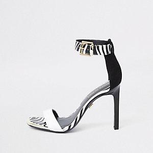 Sandales minimalistes noires et blanches