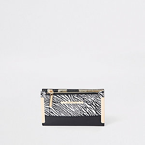 Witte mini-portemonnee met zebraprint en flap