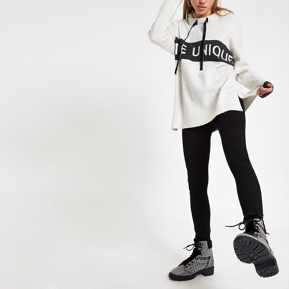 Cream 'Etre unique' hooded jumper