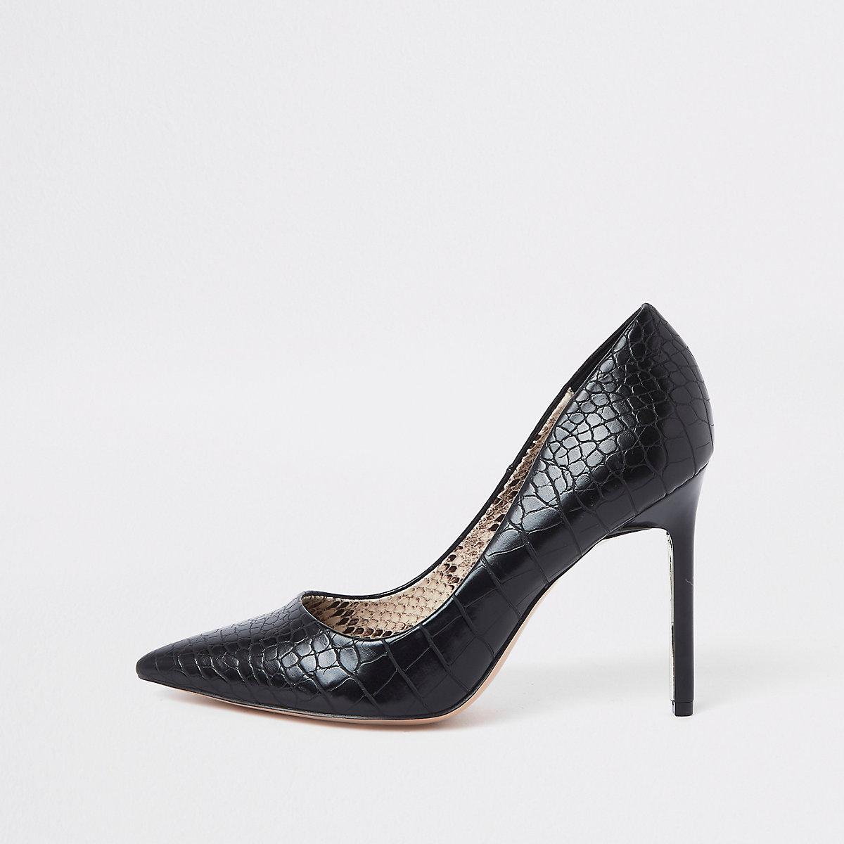 Black croc embossed wide fit pumps