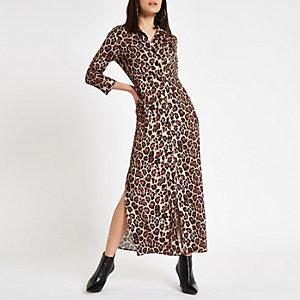 Robe chemise longue imprimé léopard marron