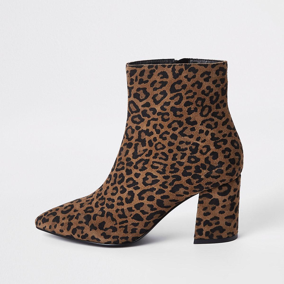 Bruine enkellaarsjes met luipaardprint