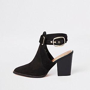 Zwarte western schoenlaarsje met uitsnijding