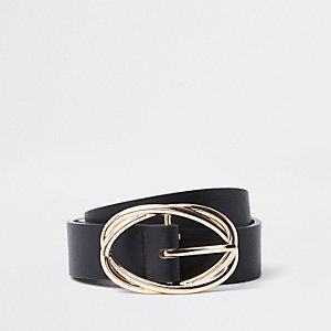 Black oval ring belt