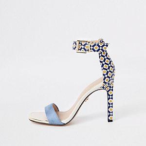 Blauwe minimale sandalen met geometrische print