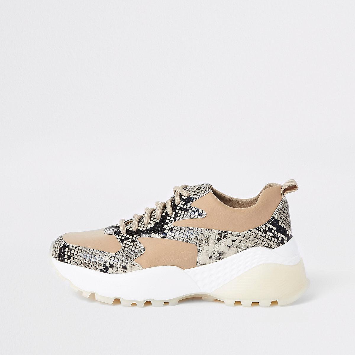 Beige Sneaker in Schlangenlederoptik