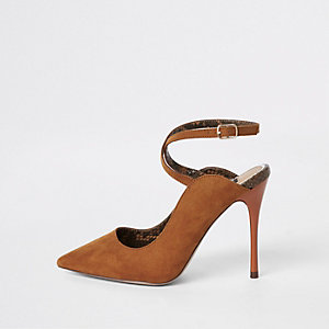 Brown ankle strap Wide fit court shoes