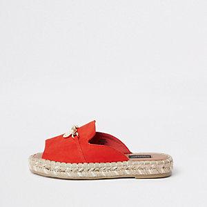 Rote Sandalen mit Peeptoe, weite Passform