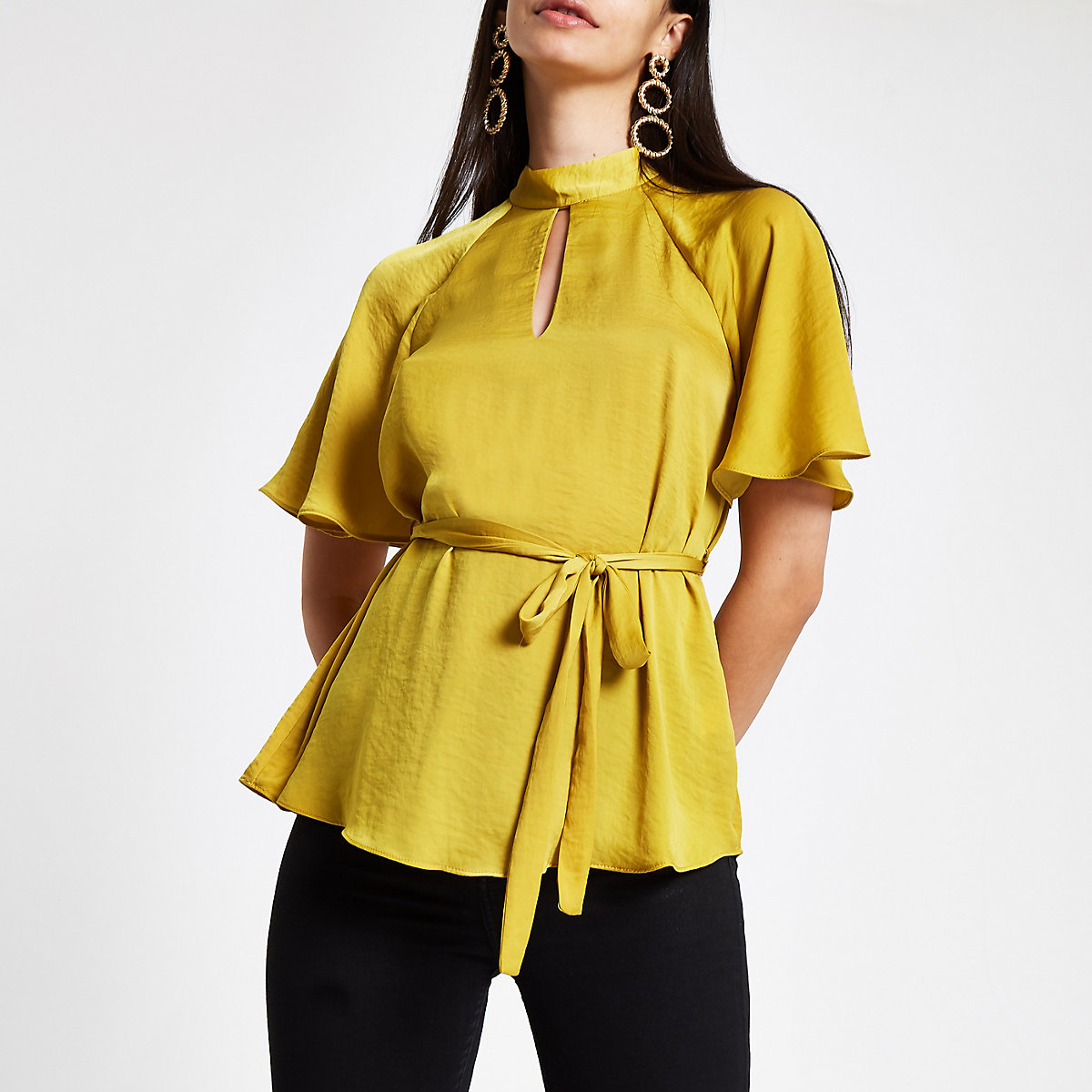Yellow tie front short sleeve blouse