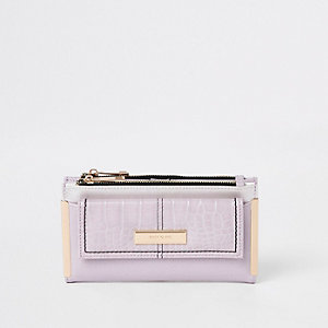 Lilac front pocket foldout purse
