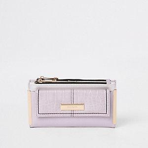 Lilac front pocket foldout purse