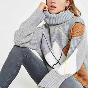 Grey argyle roll neck knit sweater