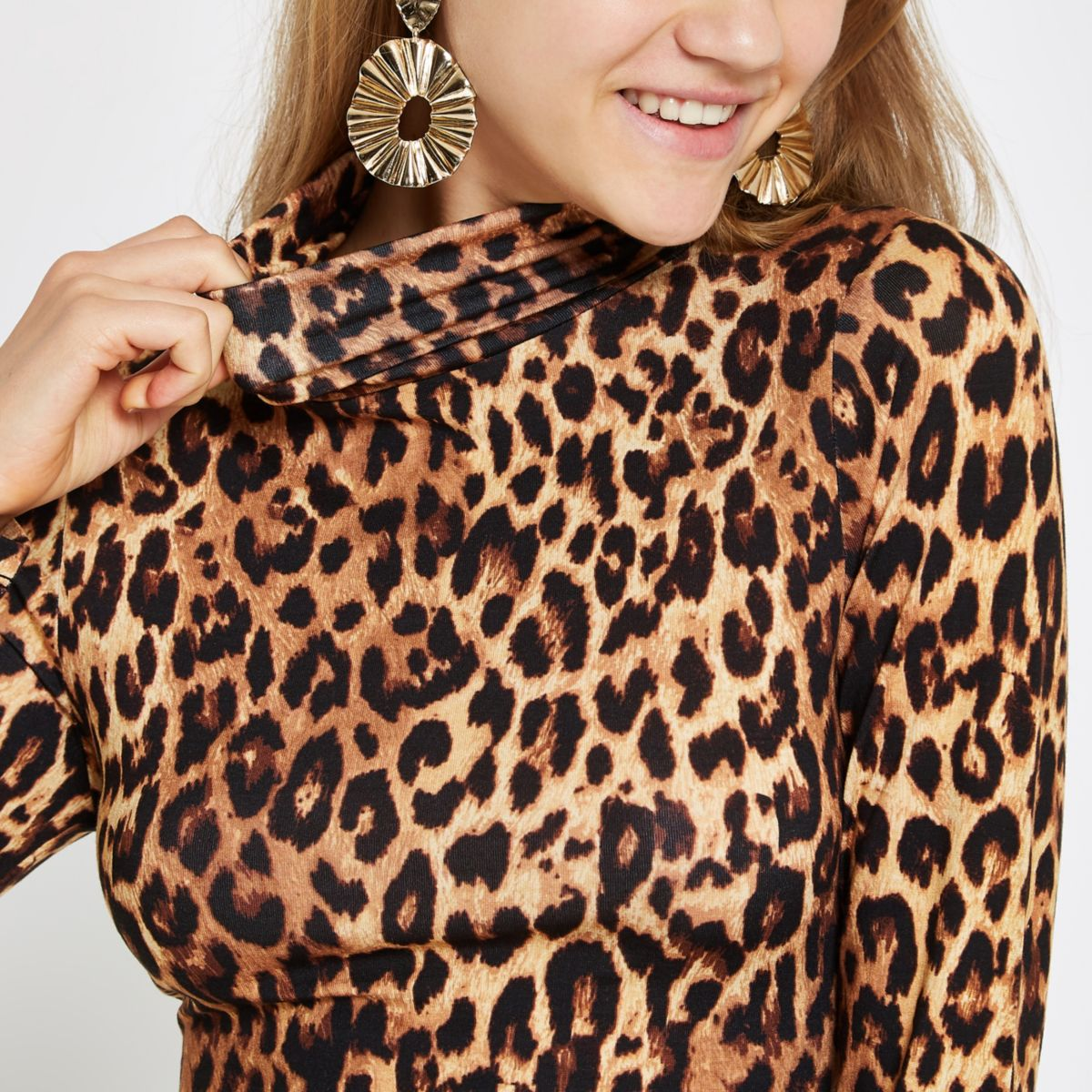 Brown leopard print turtle neck top