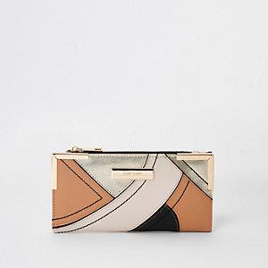 Beige metallic uitvouwbare portemonnee met uitsnede