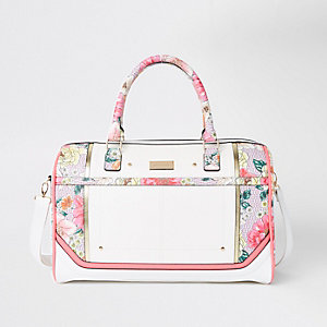 Light pink floral weekend bag