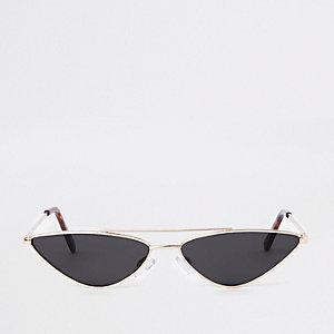 Roze smalle zonnebril met metalen montuur