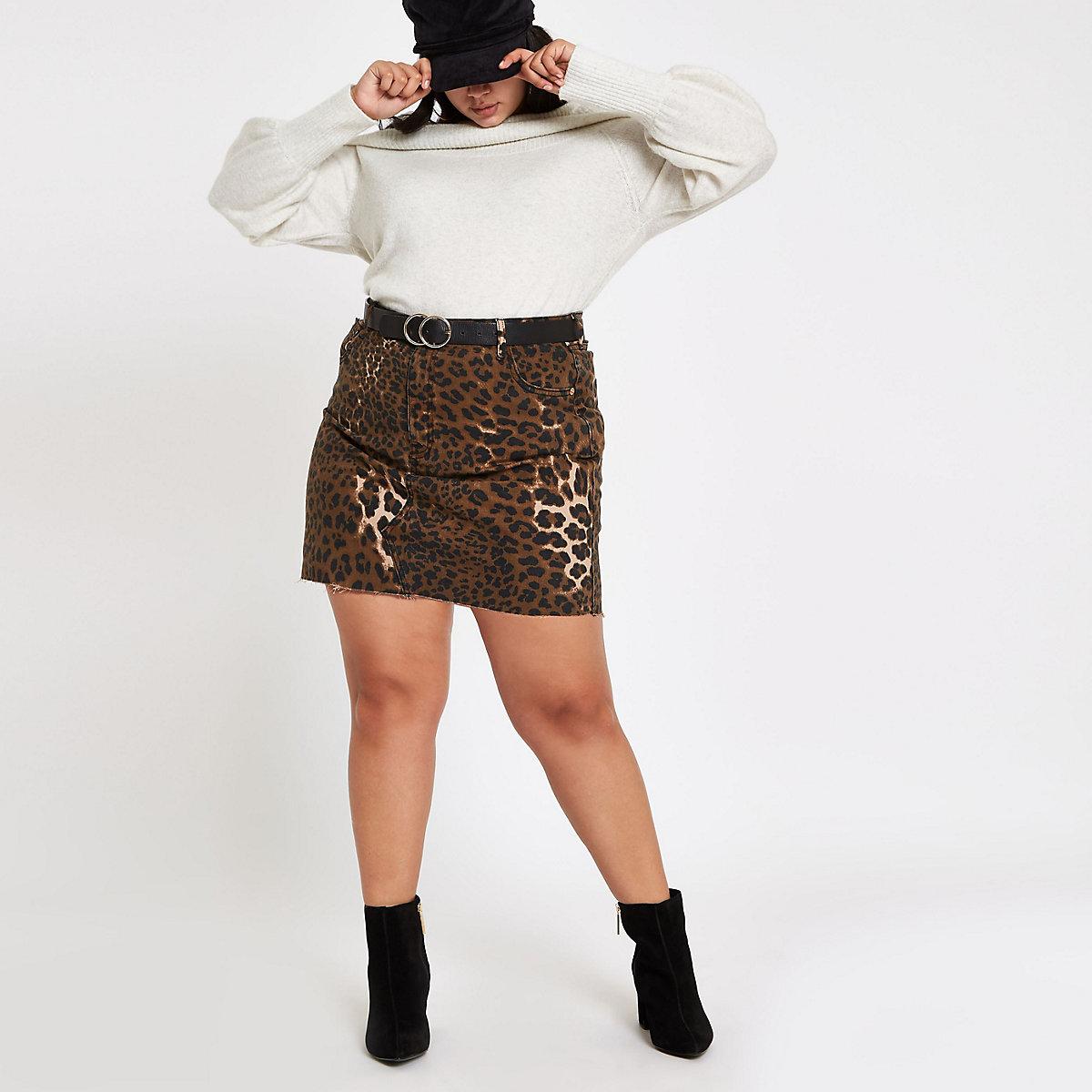 Plus brown leopard print denim mini skirt