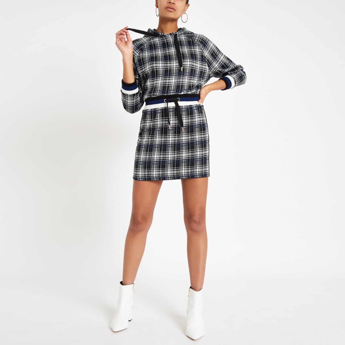 Black check jogger mini skirt