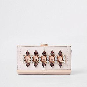 Roze portemonnee met druksluiting verfraaid met siersteentjes