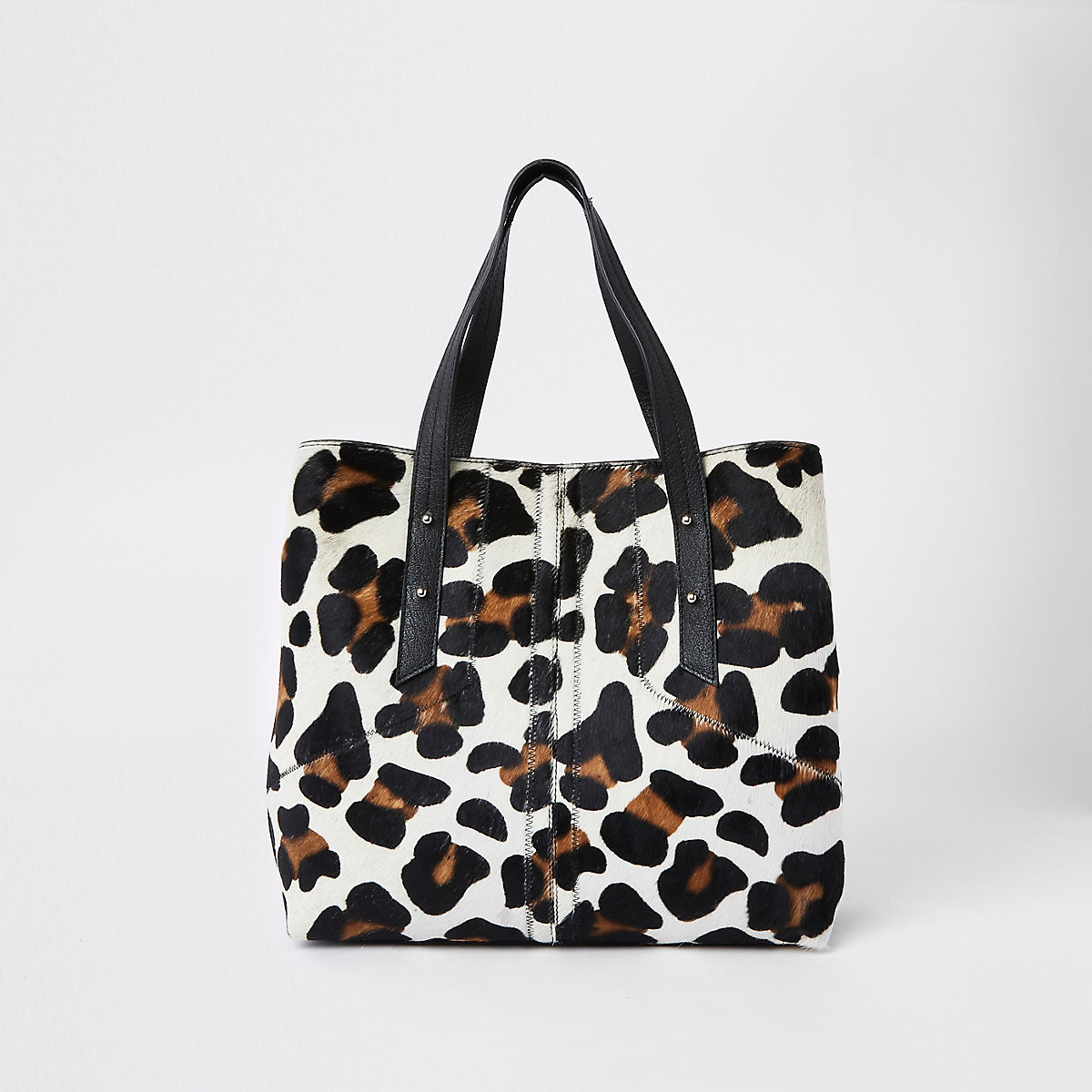 Beige leather leopard print slouch bag