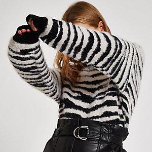 Zwarte pullover met zebraprint en boothals