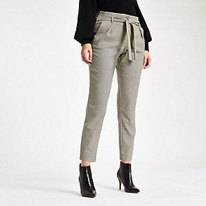 Pantalon fuselé marron motif pied-de-poule