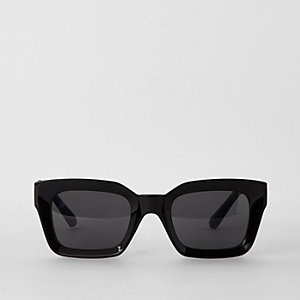 Black glam smoke lens sunglasses