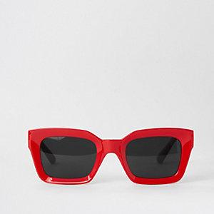 Rote, rechteckige Sonnenbrille