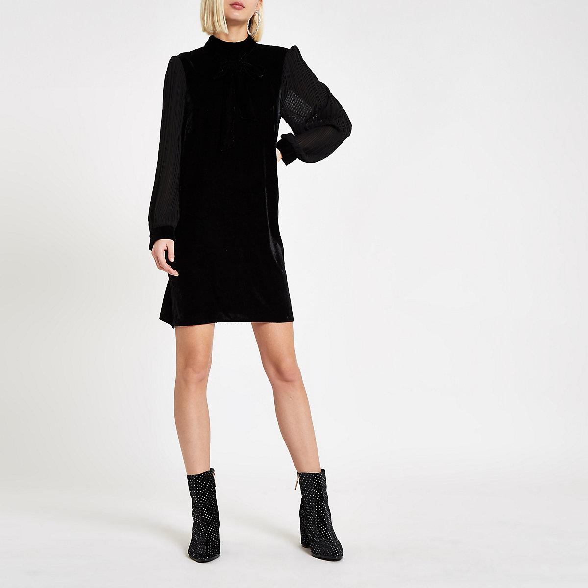 Black velvet bow swing dress