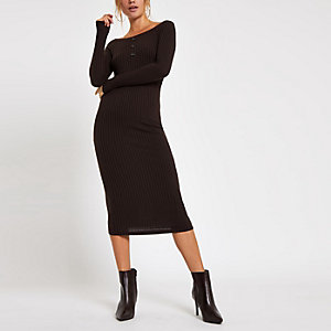 Chocolate scoop neck bodycon midi dress