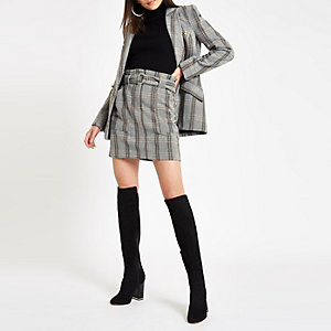 Mini-jupe en laine à carreaux marron à taille haute ceinturée