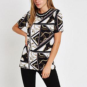 Wit T-shirt met kettingprint en verfraaide hals