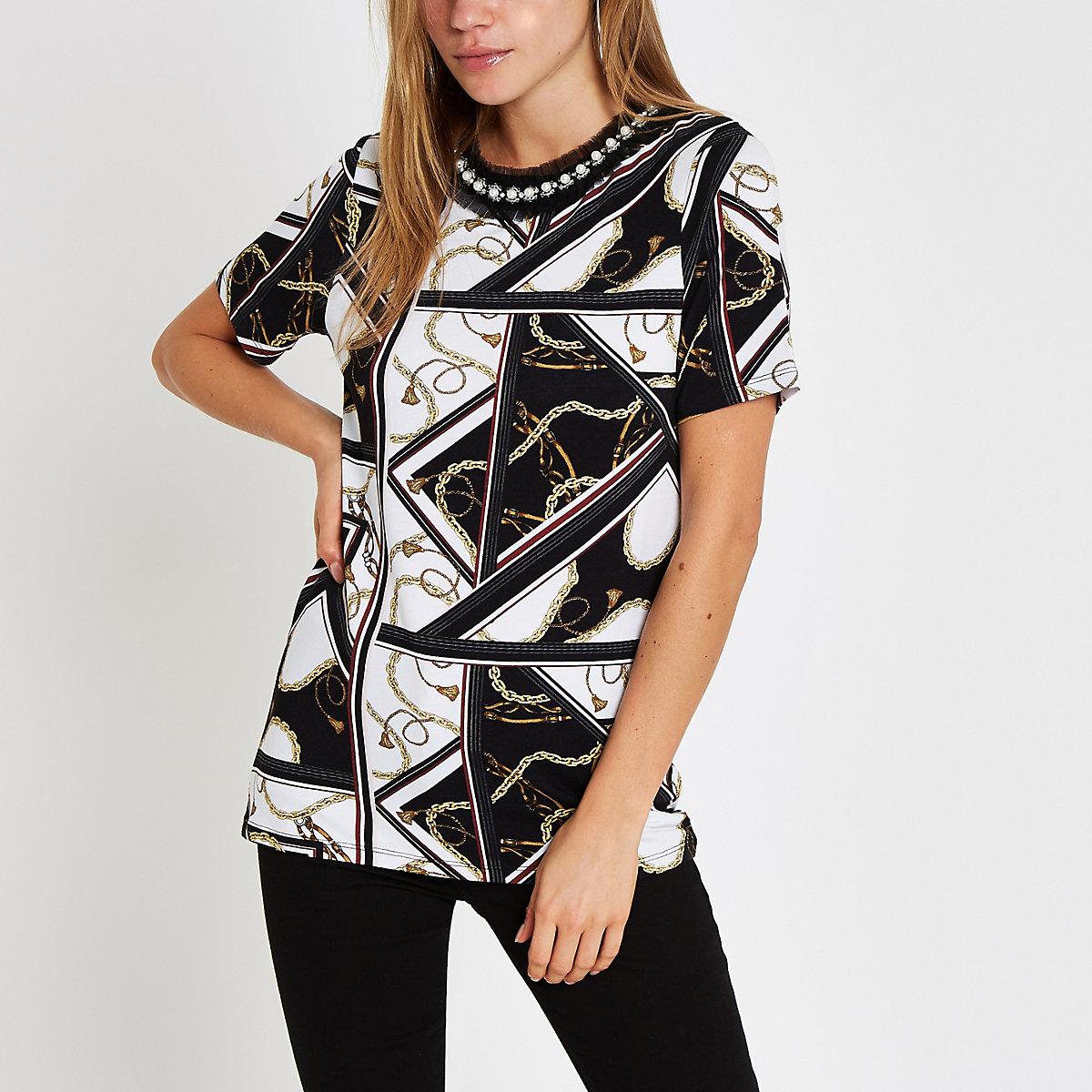 White chain print embellished neck T-shirt