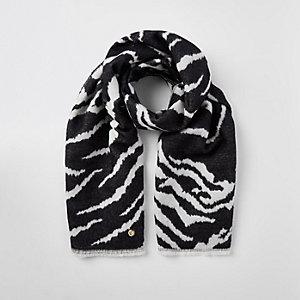 Zwarte sjaal met zebraprint