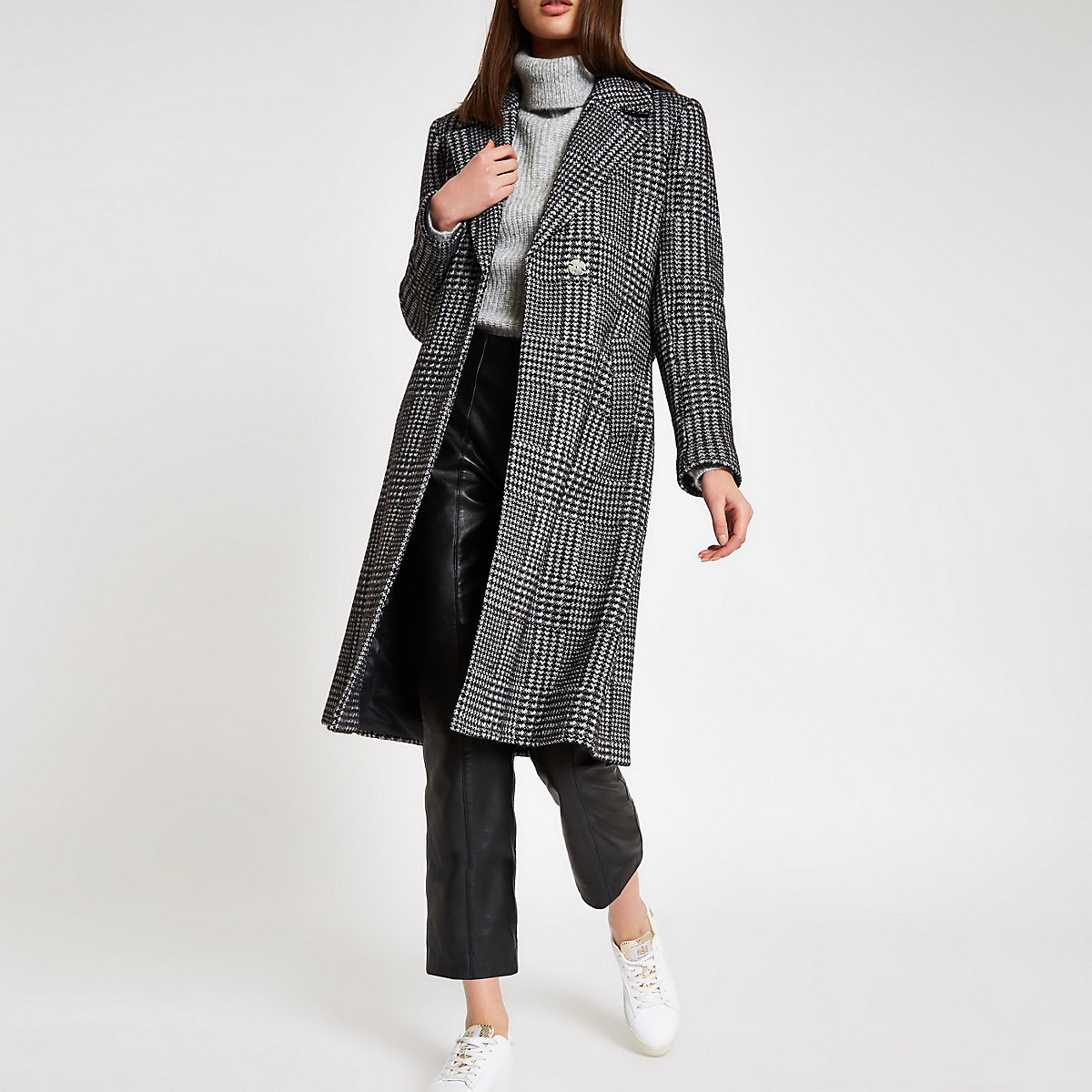 Black herringbone check knit belted robe coat