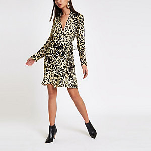 Brown leopard print tie wrap dress